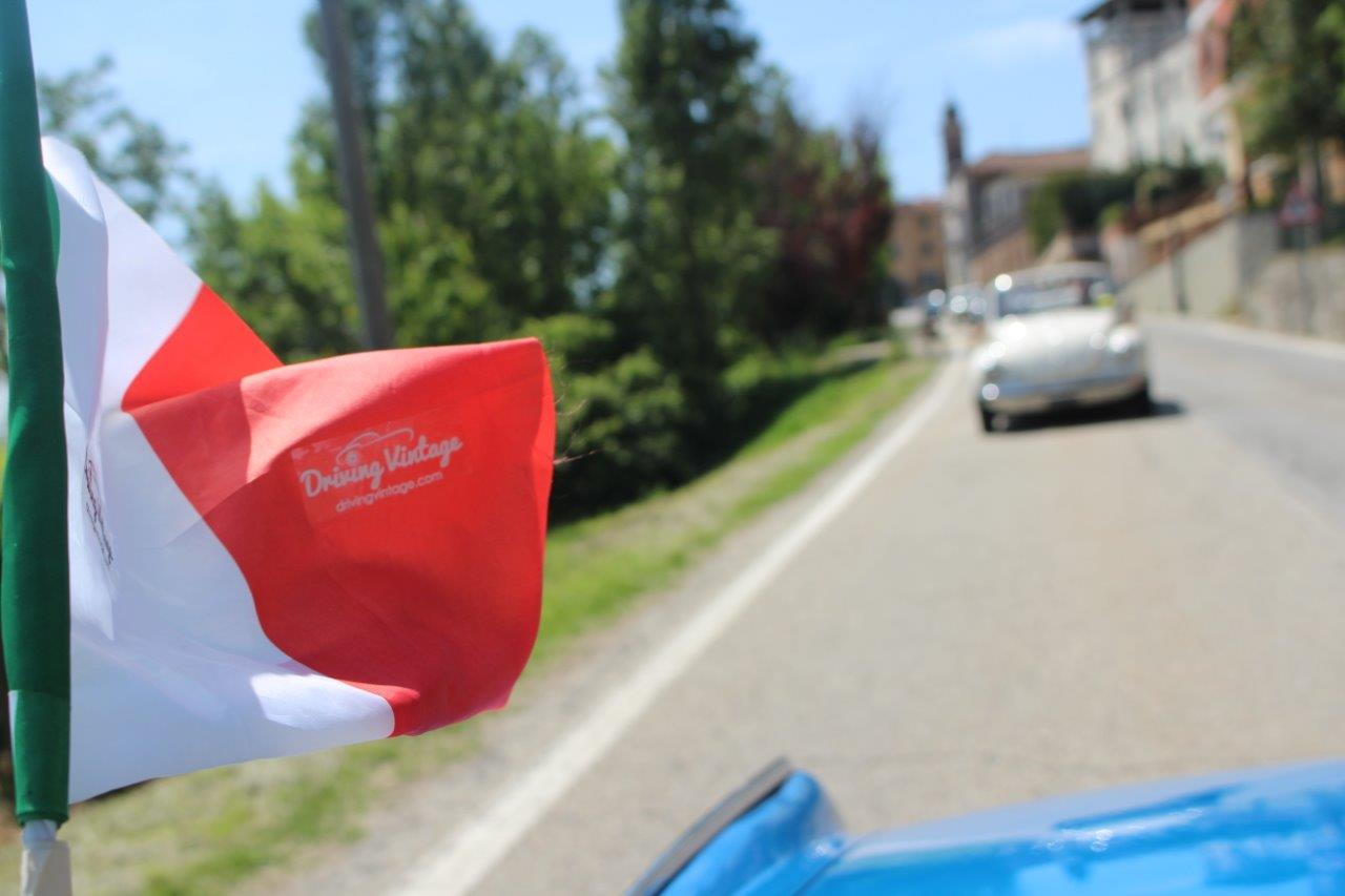 3-Pollenzo_Driving-Vintage-Tour-accompagnati_guided-tour_tour_vintage-car_auto-depoca_driving-vintage_turismo_leisure_langhe_Turin_Torino_noleggio-auto_car-rental.JPG